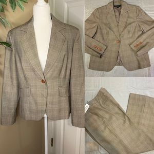 Signature by Larry Devine tan suit size 14